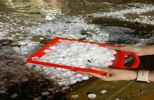 2 ngày Tết, hơn 12.000 nhà dân bị hư hại do mưa đá