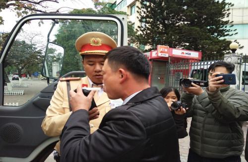 Phó Thủ tướng yêu cầu tăng cường xử lý nghiêm vi phạm nồng độ cồn