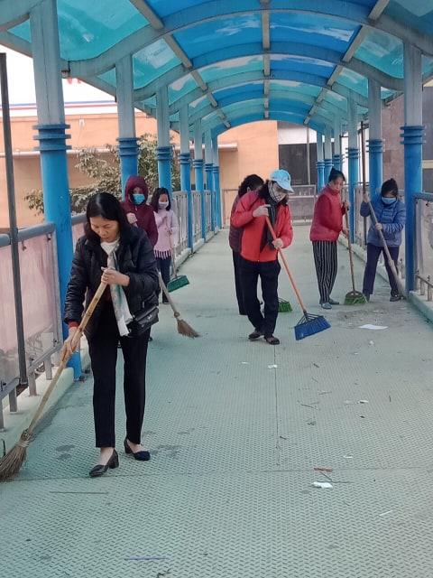 Hội LHPN quận Hoàng Mai tổng vệ sinh môi trường phòng chống dịch Corona