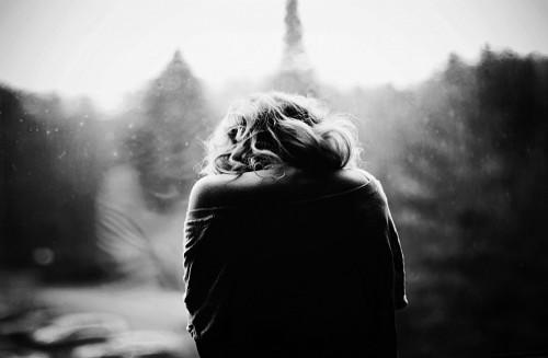 Nước mắt người phụ nữ  một mình nuôi con