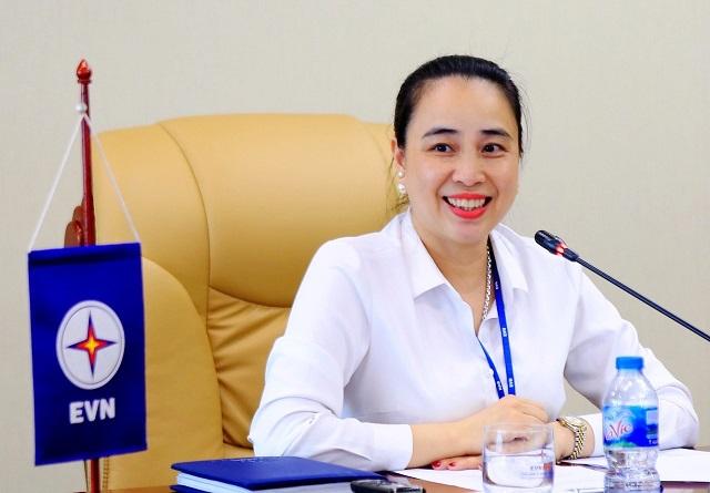 Tổng giám đốc Đỗ Nguyệt Ánh - Nữ tướng đầu tiên của ngành điện.
