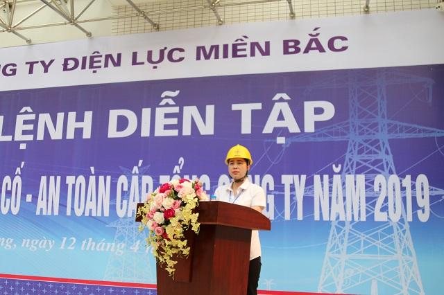 Tổng giám đốc Đỗ Nguyệt Ánh tổng chỉ huy buổi diễn tập Phòng chống thiên tai và tìm kiếm cứu nạn năm 2019 tại Hải Phòng.