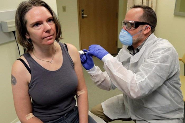 Jennifer Haller trong nhóm 45 người Mỹ đầu tiên thử nghiệm vaccine Covid-19
