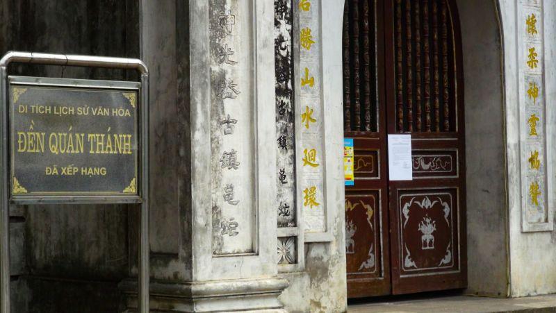 Đền Quán Thánh đã chủ động đóng cửa phòng chống dịch COVID-19.