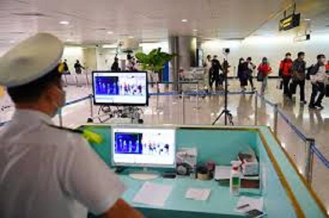 Sân bay Nội Bài tăng cường các biện pháp phòng chống dịch Covid-19.