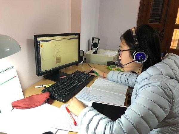 Học sinh BIS Hà Nội học trực tuyến trong thời gian nghỉ phòng tránh dịch Covid-19