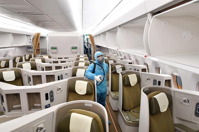 Hãng hàng không quốc gia cho hay từ ngày 28/3 sẽ giảm khai thác từ 35 đường bay xuống còn 8 đường bay nội địa với khoảng 10% tổng số ghế so với kế hoạch thường lệ. Ảnh: Khánh Huyền.