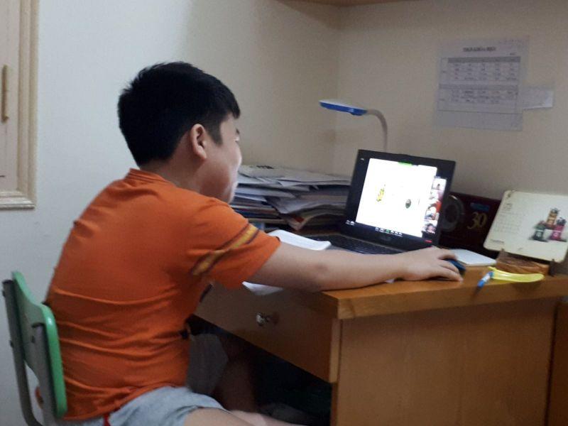 Ứng dụng Zoom đang được nhiều trường tại Hà Nội sử dụng để học trực tuyến.