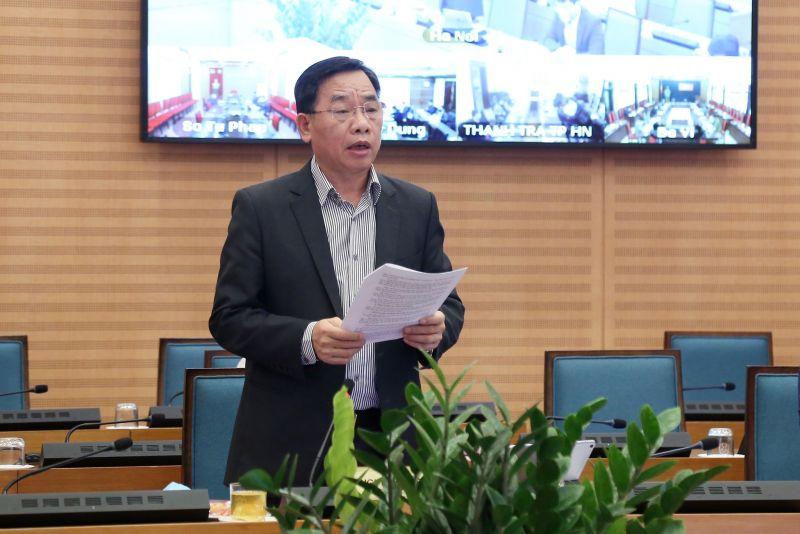 Giám đốc Sở Y tế Hà Nội Nguyễn Khắc Hiền báo cáo tại phiên họp
