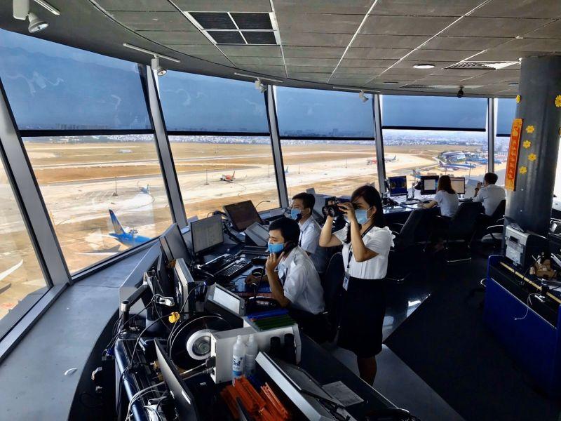 Đài Kiểm soát không lưu Tân Sơn Nhất. Ảnh: VGP/Phan Trang