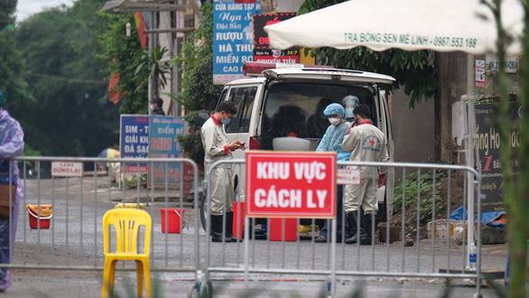 Thôn Bàng, xã Mê Linh, huyện Mê Linh - nơi ca bệnh 243 sinh sống đã bị cách ly