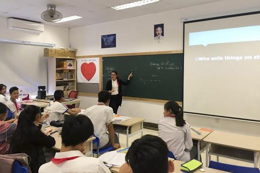 Hà Nội nghiên cứu ban hành các biện pháp đầu tư, chính sách hỗ trợ đối với các cơ sở giáo dục và người lao động