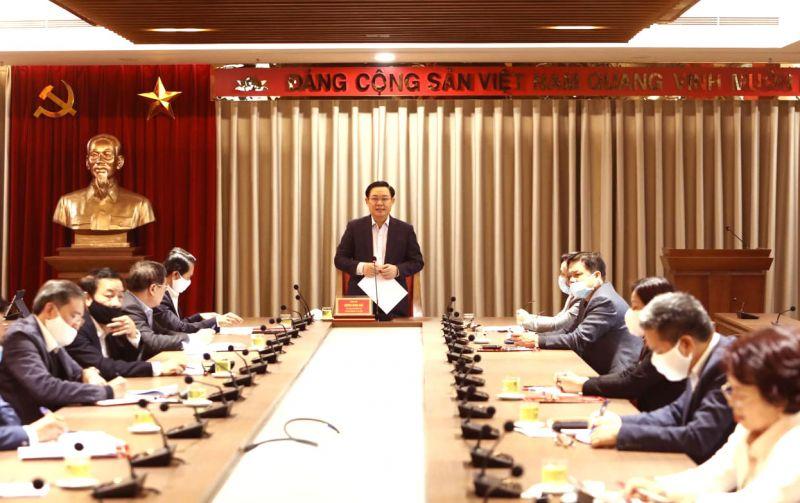 Bí thư Thành ủy Vương Đình Huệ chủ trì buổi làm việc với Ủy ban Kiểm tra Thành ủy Hà Nội.