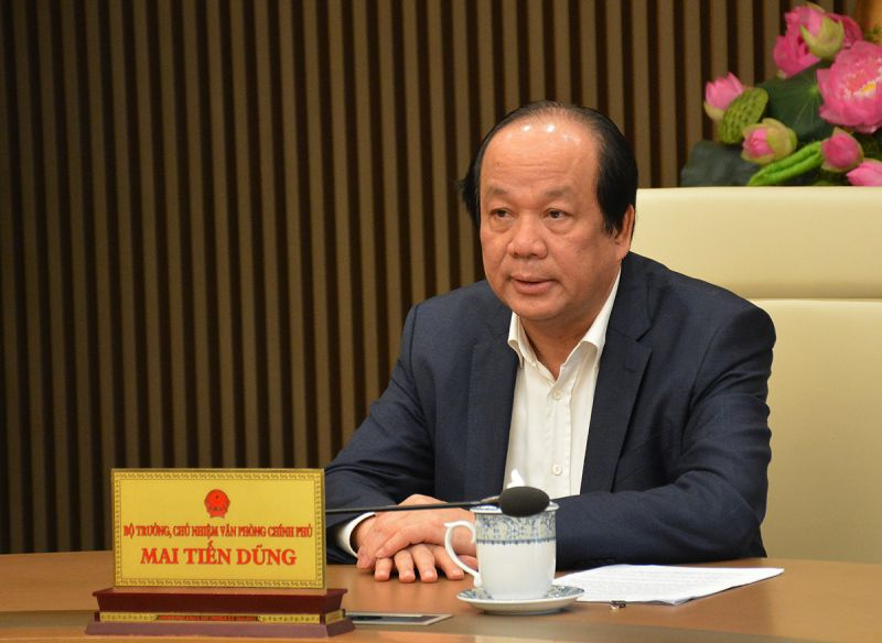 Bộ trưởng, Chủ nhiệm VPCP Mai Tiến Dũng trả lời báo chí, làm rõ hơn vấn đề thực hiện Chỉ thị 16 của Thủ tướng. Ảnh: VGP