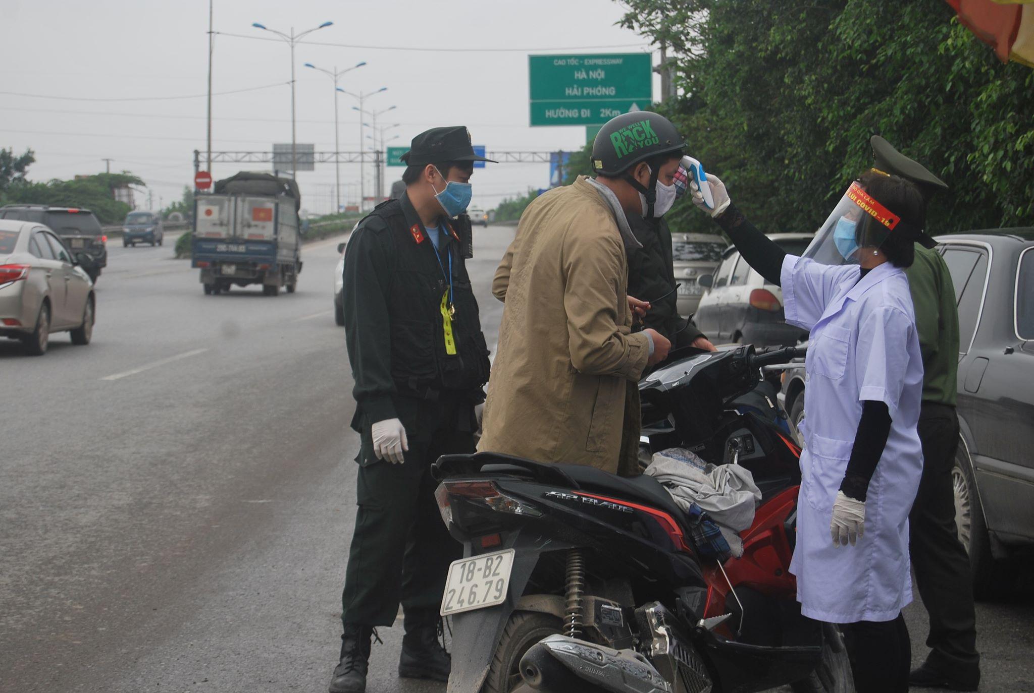 Lực lượng tại hốt 6 tại cầu Phủ Đổng, cao tốc Hà Nội – Lạng Sơn đang làm nhiệm vụ