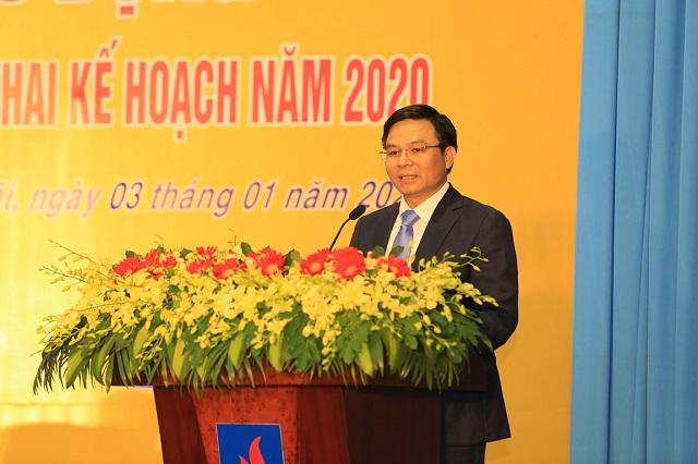 Tổng giám đốc PVN Lê Mạnh Hùng giao nhiệm vụ cho Công ty BSR. (Ảnh: BSR)