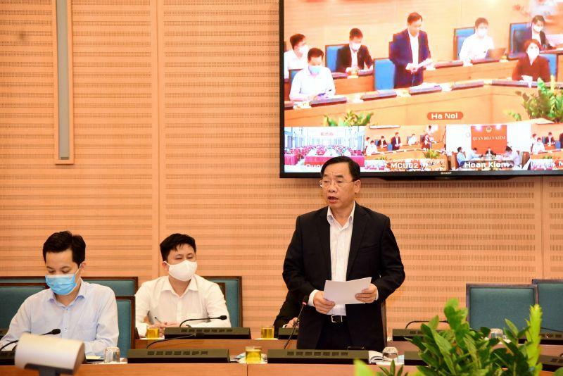 Giám đốc Sở Y tế Nguyễn Khắc Hiền phát  biểu tại phiên họp