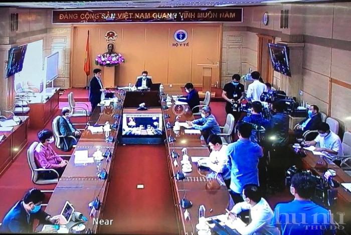 Thứ trưởng Bộ Y tế Nguyễn Thanh Long cho biết Việt Nam đã triển khai nhiều biện pháp phòng dịch chưa từng có.