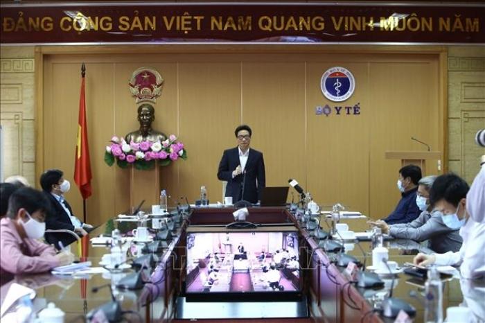 Phó Thủ tướng Vũ Đức Đam thông tin tại cuộc họp trực tuyến BCĐ quốc gia phòng dịch Covid-19.