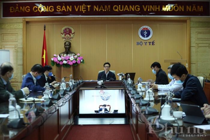 Quang cảnh buổi họp trực tuyến BCĐ quốc gia phòng, chống dịch Covid-19 sáng 13/4.