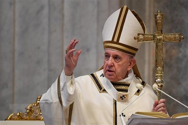 Giáo hoàng Francis cử hành thánh lễ Phục sinh tại Thánh đường St. Peter ở Vatican ngày 12/4/2020.