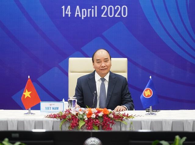 Thủ tướng Nguyễn Xuân Phúc chủ trì hội nghị trực tuyến đặc biệt về phòng chống COVID-19.