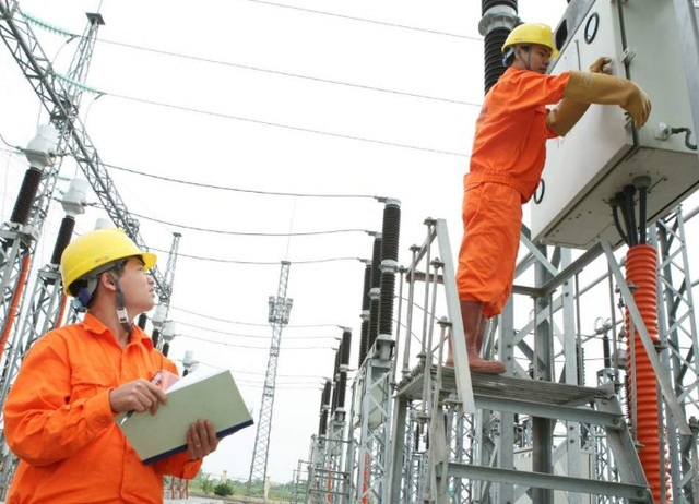 Giá bán điện cho các ngành sản xuất kinh doanh và điện sinh hoạt sẽ được giảm đồng loạt 10% ngay trong tháng 4.