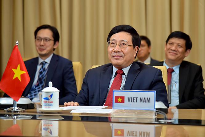 Phó Thủ tướng, Bộ trưởng Ngoại giao Phạm Bình Minh.