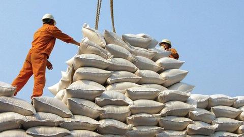 Bộ Công Thương cho biết cần nắm chắc lượng gạo tại các cảng để điều hành xuất khẩu gạo. (Ảnh: Int.) (Ảnh: Int.)