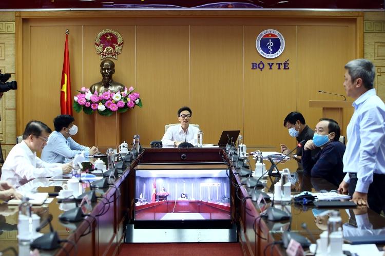 Quang cảnh cuộc họp BCĐ quốc gia phòng chống Covid-19 sáng 20/4