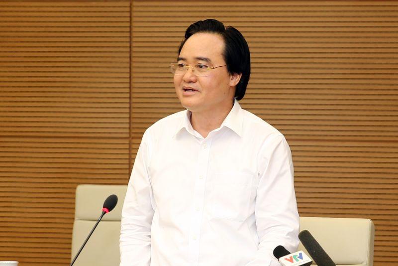 Bộ trưởng Bộ Giáo dục và Đào tạo Phùng Xuân Nhạ phát biểu tại cuộc họp. Ảnh: VGP/Đình Nam