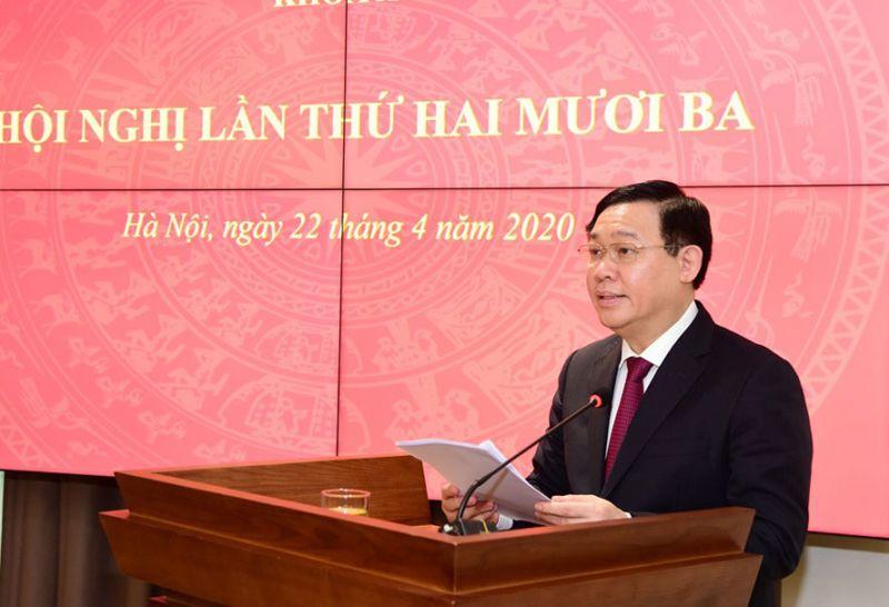 Đồng chí Vương Đình Huệ - Bí thư Thành uỷ Hà Nội phát biểu kết luận hội nghị