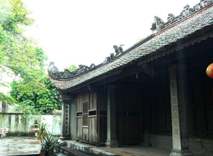 Không chỉ có giá trị về lịch sử, chùa Bối Khê còn có giá trị đặc biệt về kiến trúc và hệ thống tượng Phật, đồ thờ tự độc đáo (ảnh Hồ Hạ)