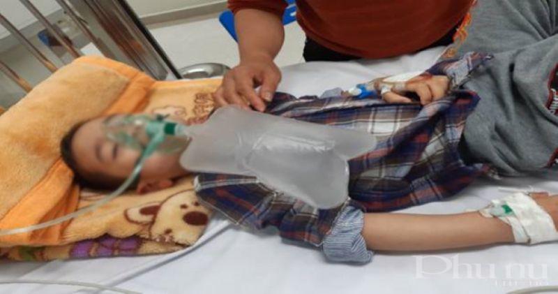 Bệnh nhi được cấp cứu tại Trung tâm Chống độc, BV Nhi Trung ương.