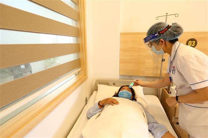 Bệnh viện Ung bướu Hà Nội làm tốt công tác phòng, chống dịch COVID-19.