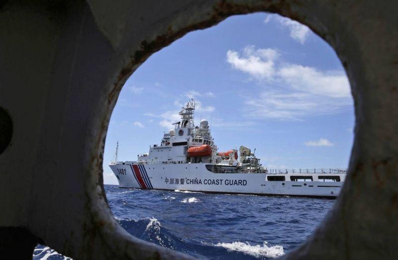 Học giả nước ngoài cho rằng Trung Quốc đang lợi dụng các nước tập trung chống dịch Covid-19 để tăng cường sự hiện diện ở Biển Đông thông qua một loạt các hành vi khiêu khích nguy hiểm.