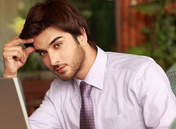Tôi đã bị hút hồn bởi vẻ ngoài đẹp trai, ánh mắt đa tình của người đàn ông quen qua mạng