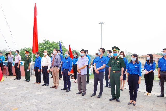 Đại biểu tham dự hành trình