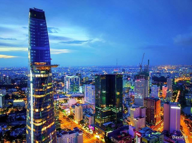 Thành phố Hồ Chí Minh đang đẩy mạnh xây dựng một đô thị thông minh, hiện đại.