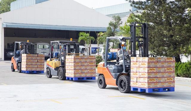 Lô sản phẩm sữa đặc đầu tiên của Vinamilk chuẩn bị xuất đi Trung Quốc, chỉ sau 2 tháng kể từ ngày được cấp mã số chính thức.