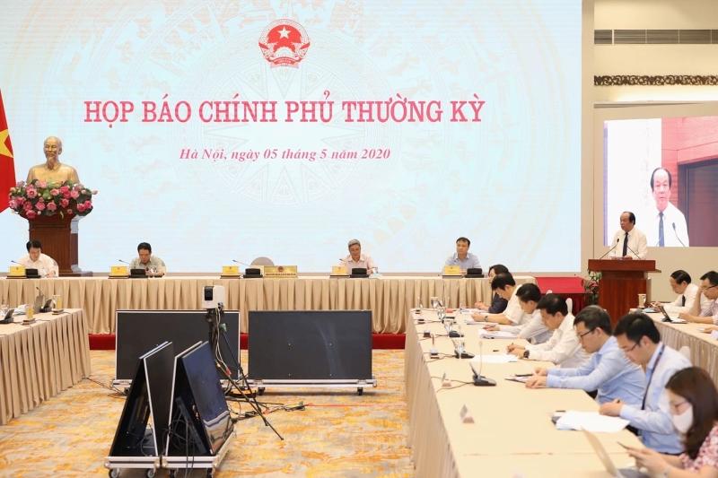 Bộ trưởng, Chủ nhiệm Văn phòng Chính phủ Mai Tiến Dũng thông tin tại cuộc họp báo Chính phủ thường kỳ ngày 5/5.