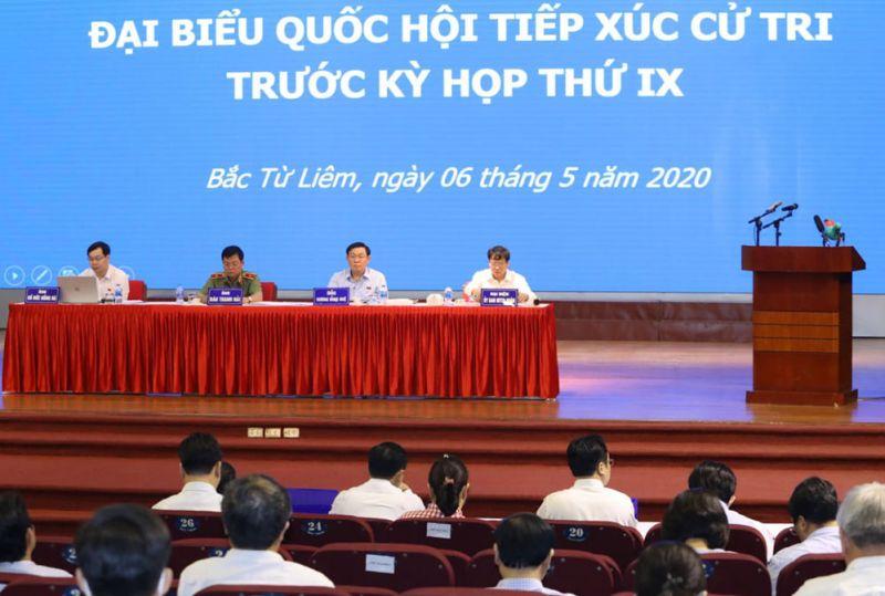 Quang cảnh hội nghị tiếp xúc cử tri quận Bắc Từ Liêm.