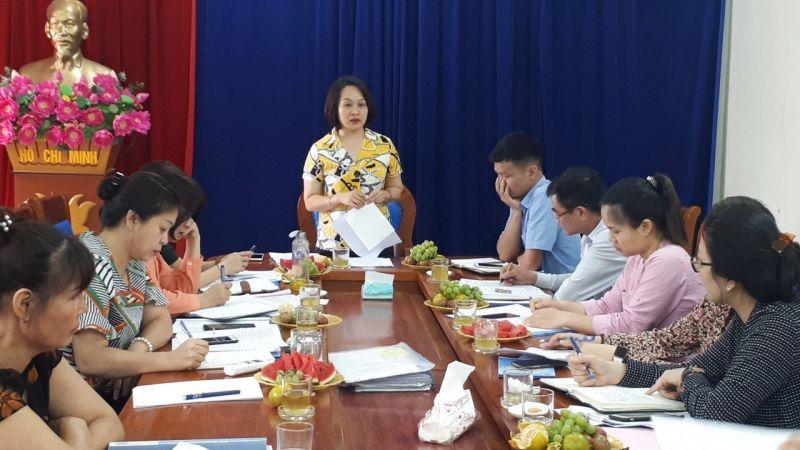 Phát biểu kết luận buổi làm việc, đồng chí Phạm Thị Thanh Hương – Phó Chủ tịch Hội LHPN Hà Nội ghi nhận và đánh giá cao những kết quả mà Hội LHPN quận Hoàng Mai đã đạt được trong công tác lãnh đạo, chỉ đạo việc thực hiện các hoạt động ủy thác nguồn vốn ngân sách qua NHCSXH
