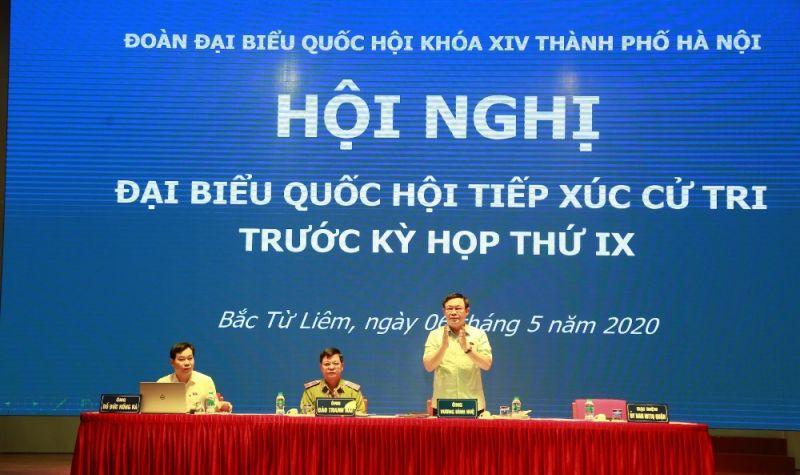 Đoàn đại biểu Quốc hội TP. Hà Nội tiếp xúc với cử tri quận Bắc Từ Liêm. Ảnh: VGP/Bích Phương