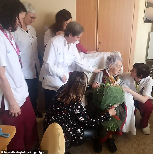 Bà Maria Branyas hiện có 3 con, 11 cháu và 13 chắt