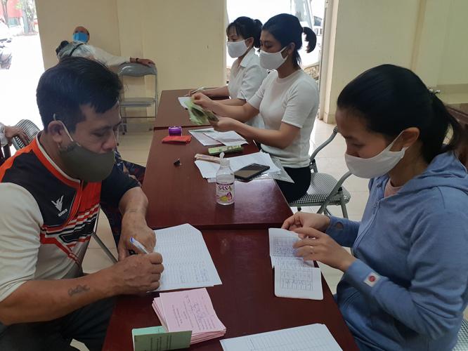 Hà Nội ban hành chính sách hỗ trợ 5 nhóm đối tượng của số 42.