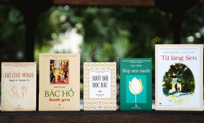 NXB Kim Đồng cũng vừa tái bản một loạt ấn phẩm về Bác Hồ.
