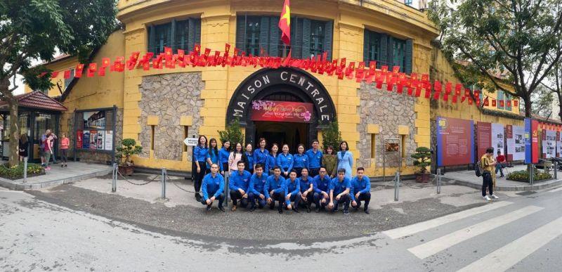 Đoàn Thanh niên Khối các cơ quan TP Hà Nội tham quan Nhà tù Hỏa Lò, tháng 1/2020