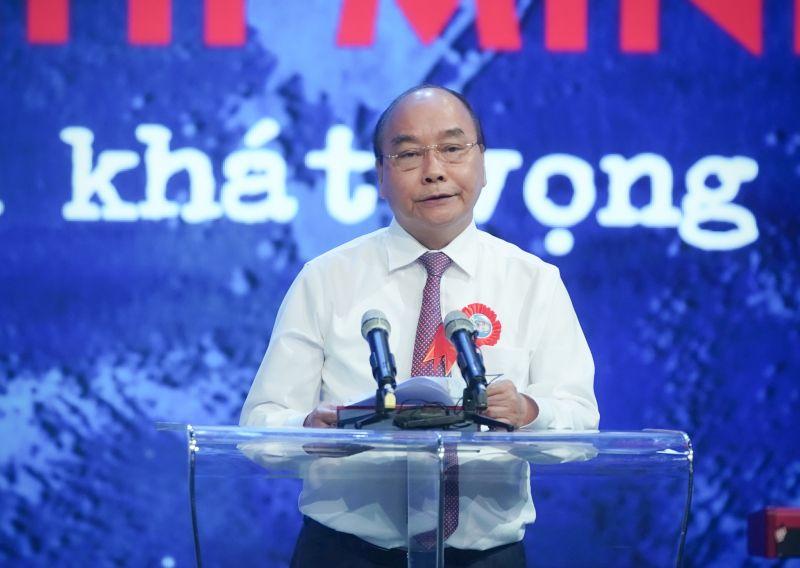 Thủ tướng Nguyễn Xuân Phúc: Tư tưởng, đạo đức, phong cách Hồ Chí Minh phải thực sự trở thành một bộ phận hữu cơ của văn hoá dân tộc. Ảnh: VGP/Quang Hiếu