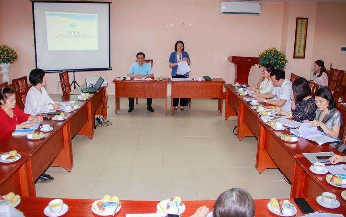 Phó Chủ tịch Hội LHPNVN Bùi Thị Hòa phát biểu tại Hội thảo tham vấn ý kiến góp ý dự thảo Nghị định quy định về tuổi nghỉ hưu và điều kiện hưởng lương hưu